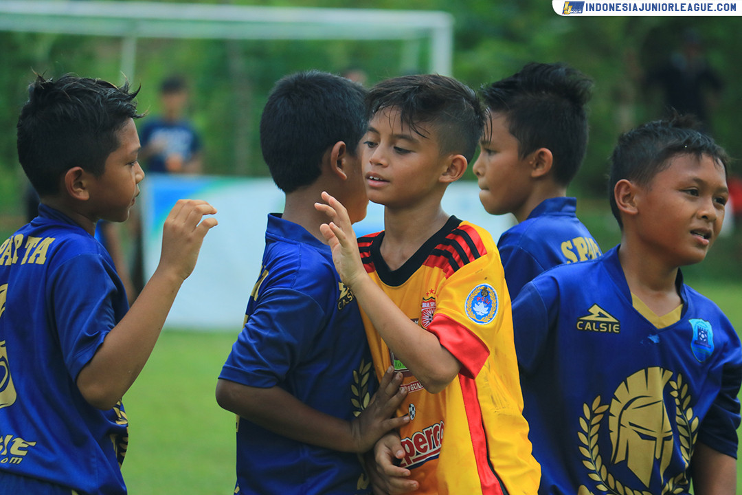 [011219-3RD PLACE U11] SPARTA 1979 VS SALFAS SOCCER PART 3