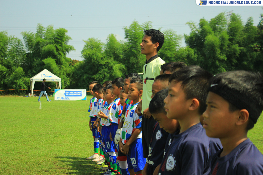 [011219-3RD PLACE U9] GRT SITANALA SOCCER SCHOOL VS D'JOE FC PART 1