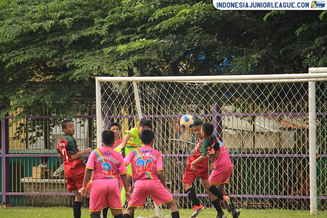 09032019-laskar-pelangi-soccer-vs-garecs-1978