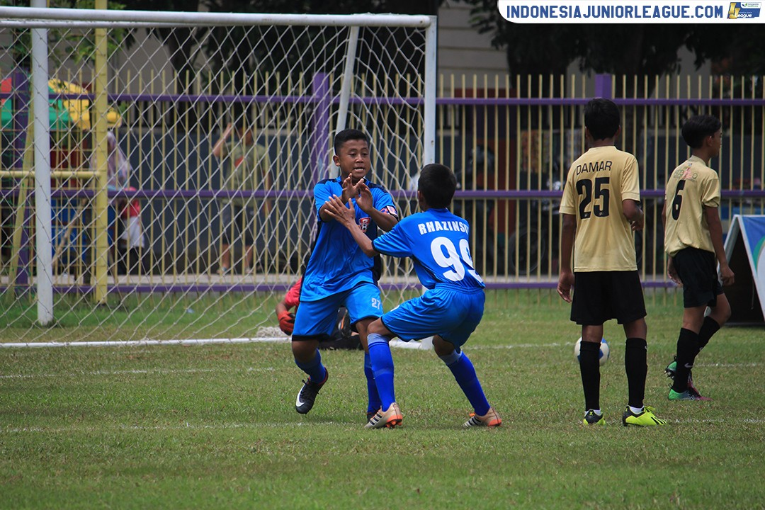 10022019-pelita-jaya-soccer-school-vs-abstrax-fa