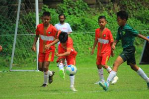 [PLATE U11-260921] TAJIMALELA FA VS STONI INDONESIA FC