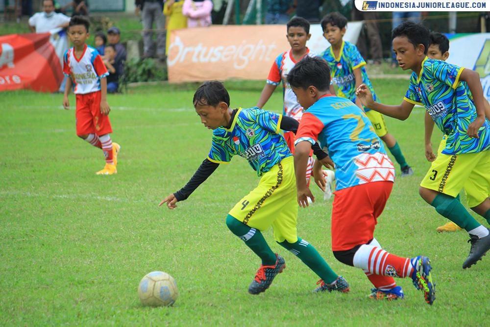 [U11-151120] SSJ KOTA BOGOR VS INDONESIA RISING STAR
