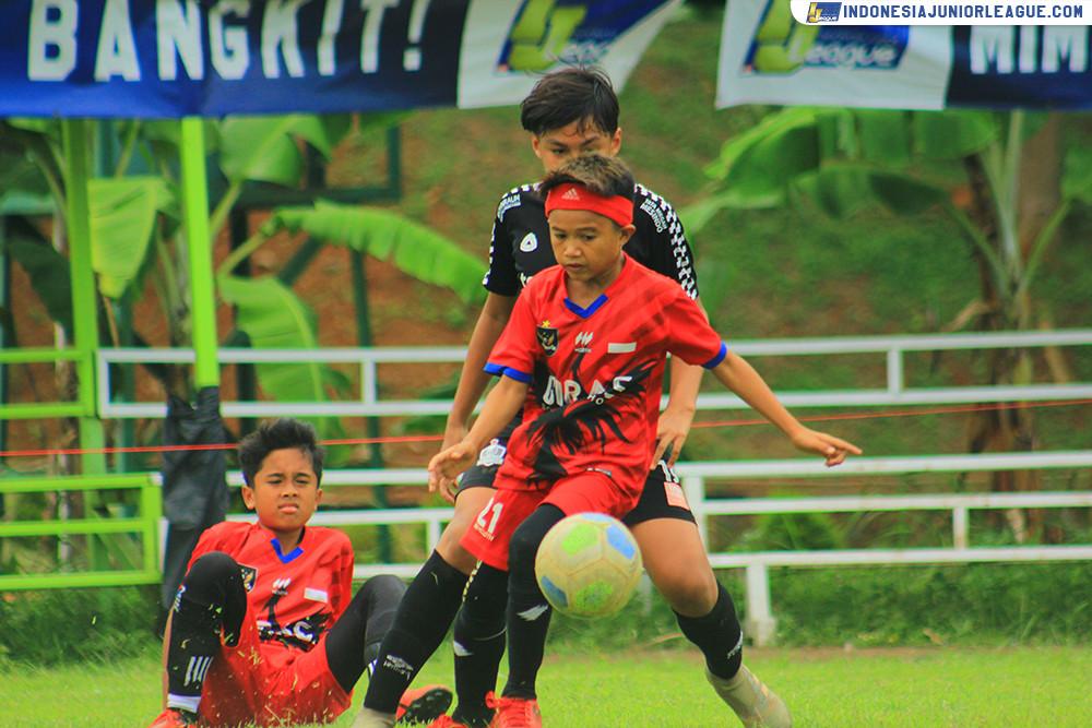 u11 151120 young warrior fa vs giras soccer school