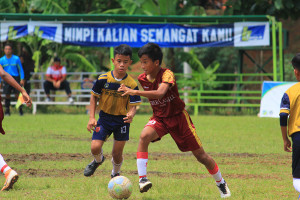 [U13-281120] KMJR CILEGON VS STONI INDONESIA FC