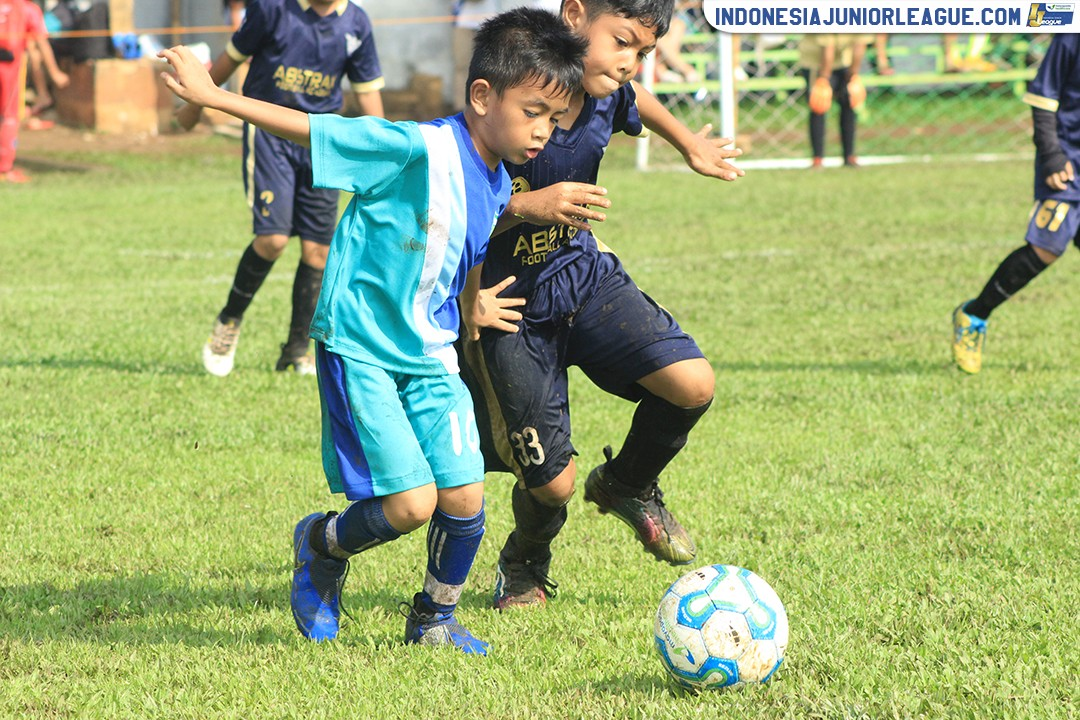 u9-21042019-abstrax-fa-vs-soccered-soccer-school
