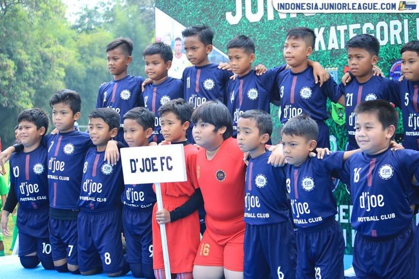 Ngopi-ngopi Cantik ala D'Joe FC
