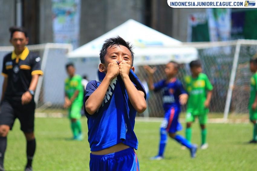 Rekor Young Warrior Buat FIFA Farmel Penasaran