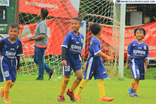 Pecah Telur, Serang City Soccer School Tersenyum Lega