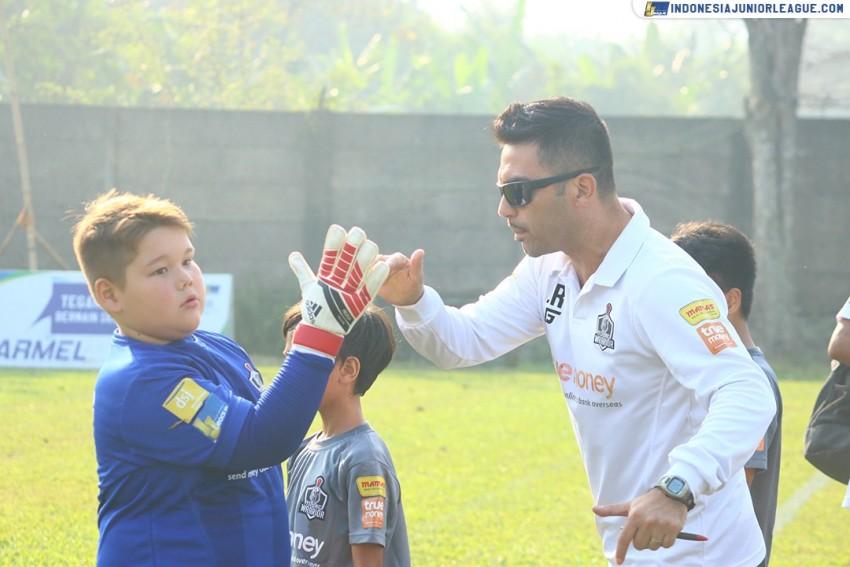 Javier Roca: Young Warrior Tak Punya Pemain Bintang