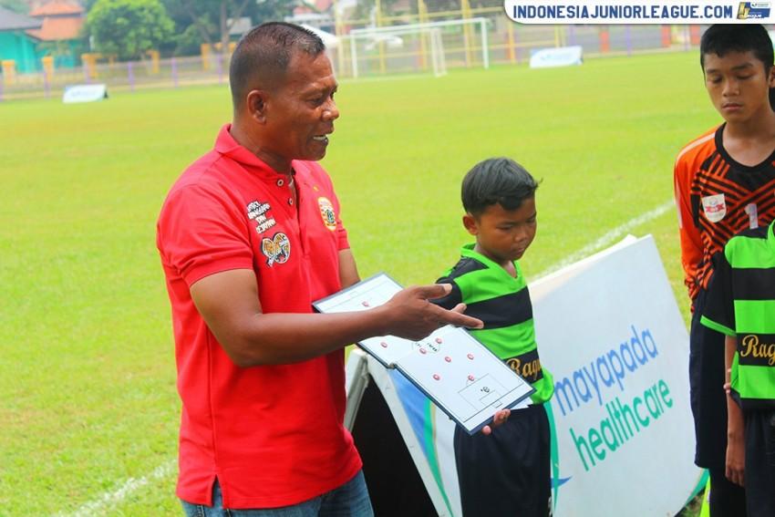 Ragunan Soccer School Ogah Lempar Handuk