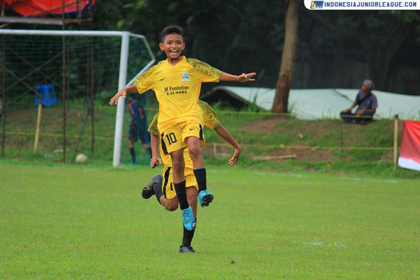 Akmal Abdullah Bassam Mengintip Lubang Garuda Junior