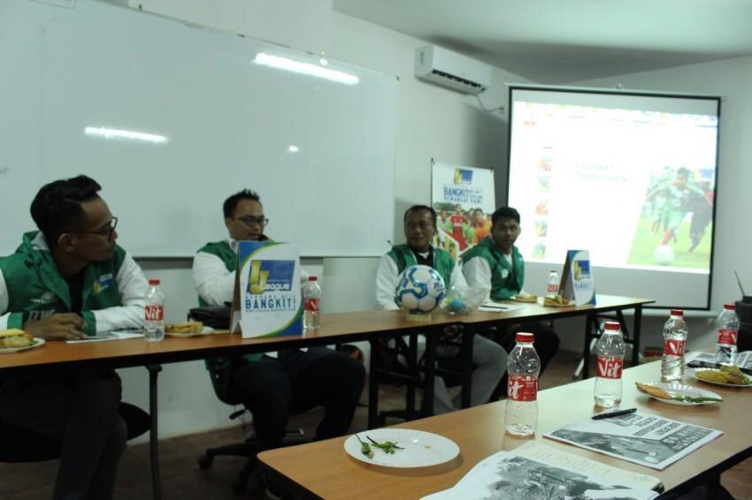 Drawing Group IJL 2019; Saling Intip, Saling Raba, Lempar Senyuman
