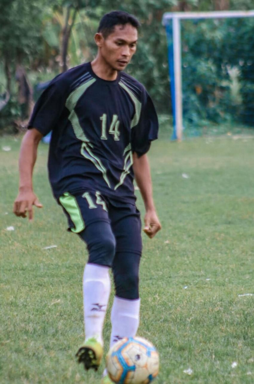 BAMBANG SUPRAPTO - BENTENG MUDA INDONESIA FOOTBALL ACADEMY